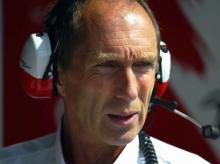 Full report from Canada : Hamilton takes the win