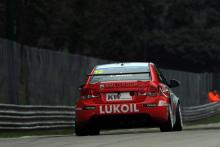 Muller takes race one lights to flag victory in Porto