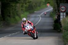 TT 2015: McGuinness dazzles in Senior stunner