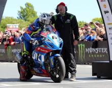 Dunlop opts not to renew Hawk Racing Suzuki deal