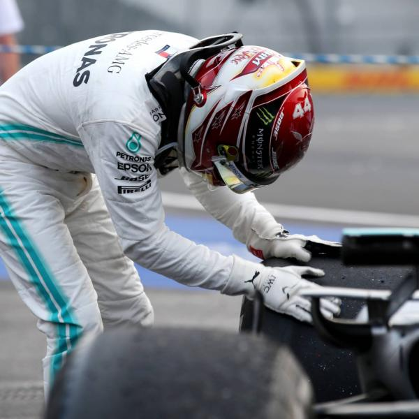Mercedes reveals extent of damage to Hamilton's car