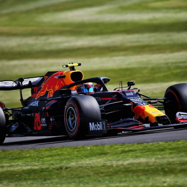 Albon happy with F1 car balance despite FP2 British GP crash