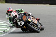 Michael Rutter HM Plant Honda CBR RR leads Scott Smart on his Hawk Kawasaki