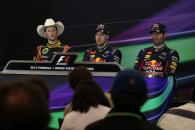 17.11.2013- Race, Press conference, Romain Grosjean (FRA) Lotus F1 Team E21, Sebastian Vettel (GER)