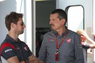 11.06.2017- Guenther Steiner (ITA) Haas F1 Team Prinicipal and Romain Grosjean (FRA) Haas F1 Team VF