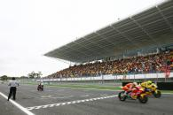 Elias beats Rossi to win by 0.002secs, Portuguese MotoGP Race 2006