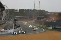 Start of the race, Lamy, Wurz, Sarrazin - Peugeot 908 HDi-FAP leads