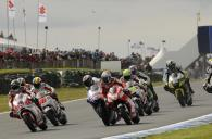 Lorenzo and Hayden touch before crashing, Australian MotoGP 2009