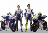 Valentino Rossi and Jorge Lorenzo with their 2009 Fiat Yamaha YZR-M1s (pic: Yamaha).