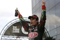 #24 DuPont Chevrolet - Jeff Gordon