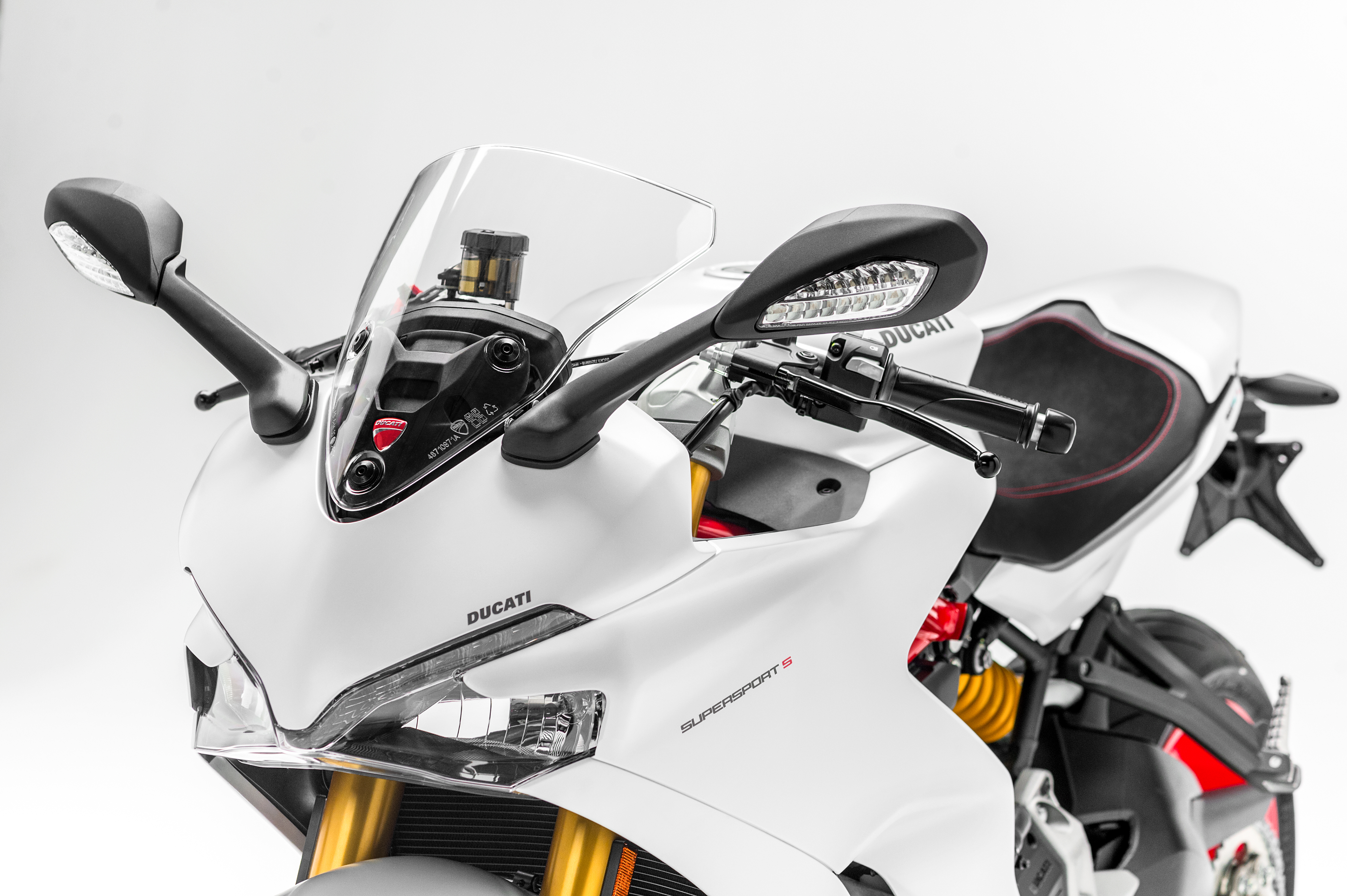 Ducati Supersport and Supersport S debut