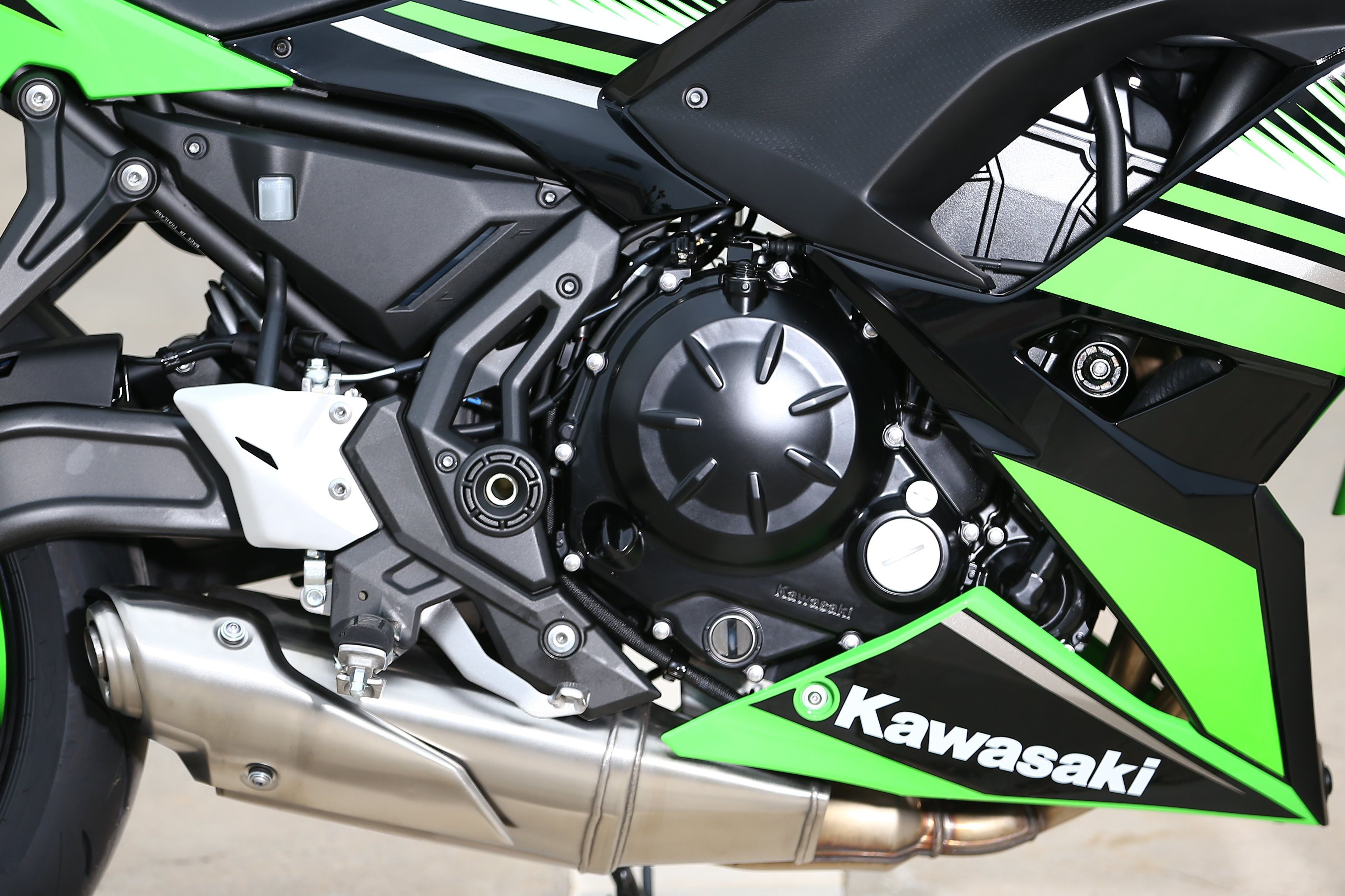 Kawasaki Ninja 650 engine