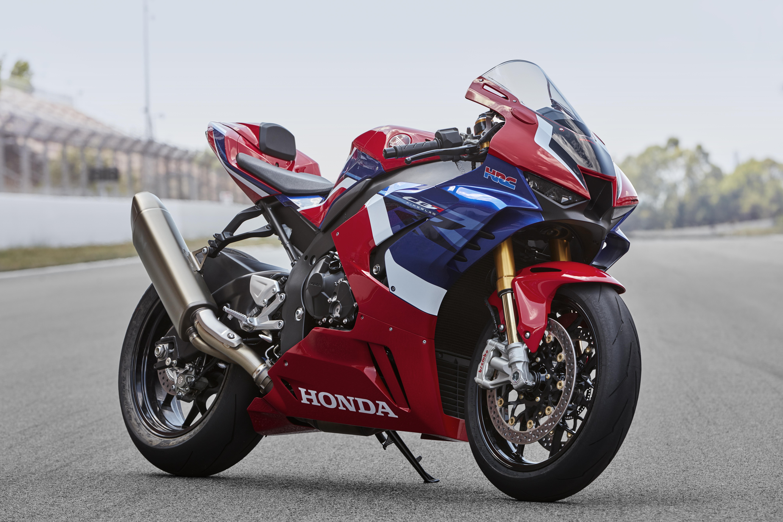 Kelebihan Honda 1000Rr Spesifikasi