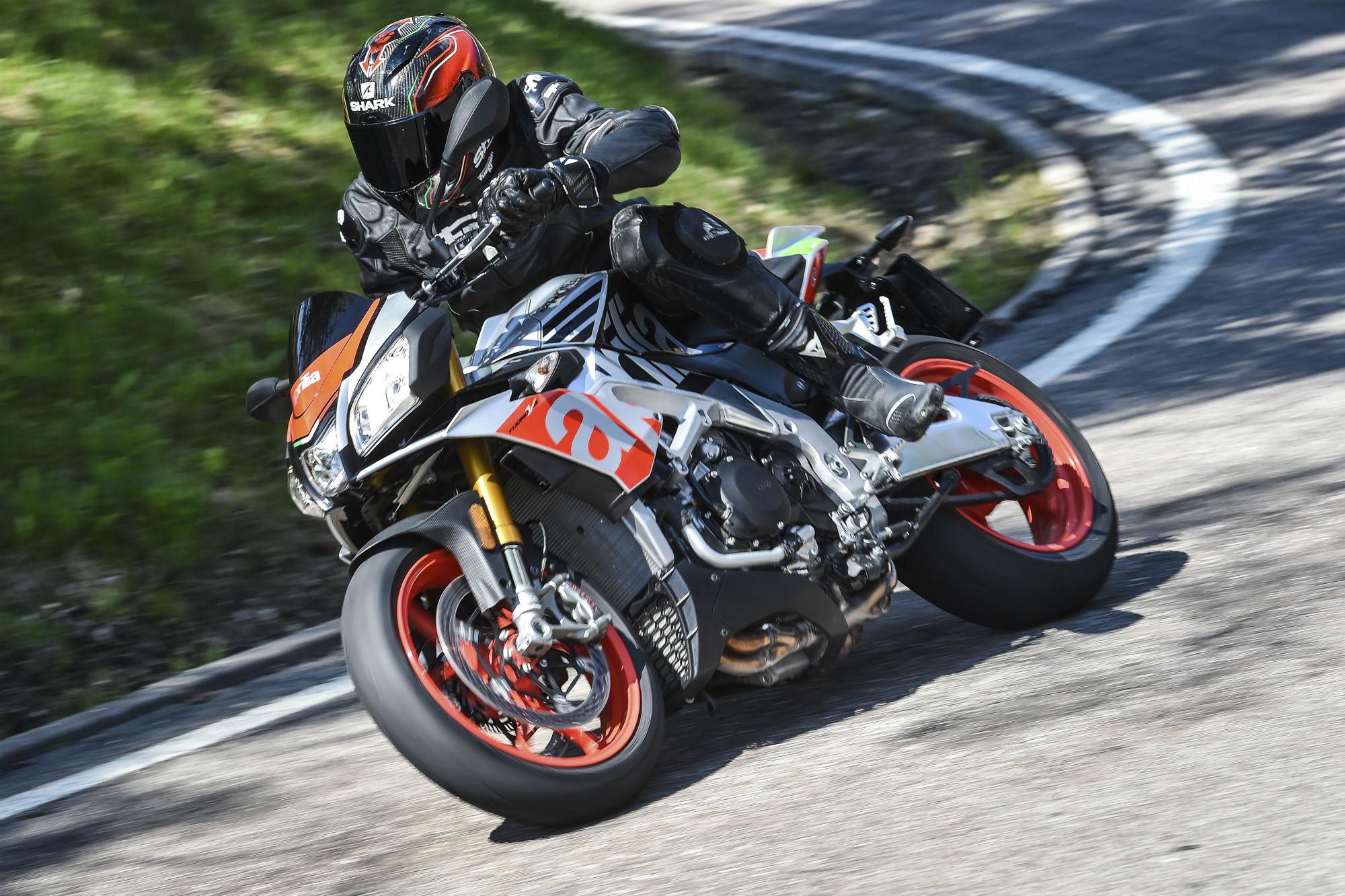First ride: Aprilia Tuono V4 1100 Factory review