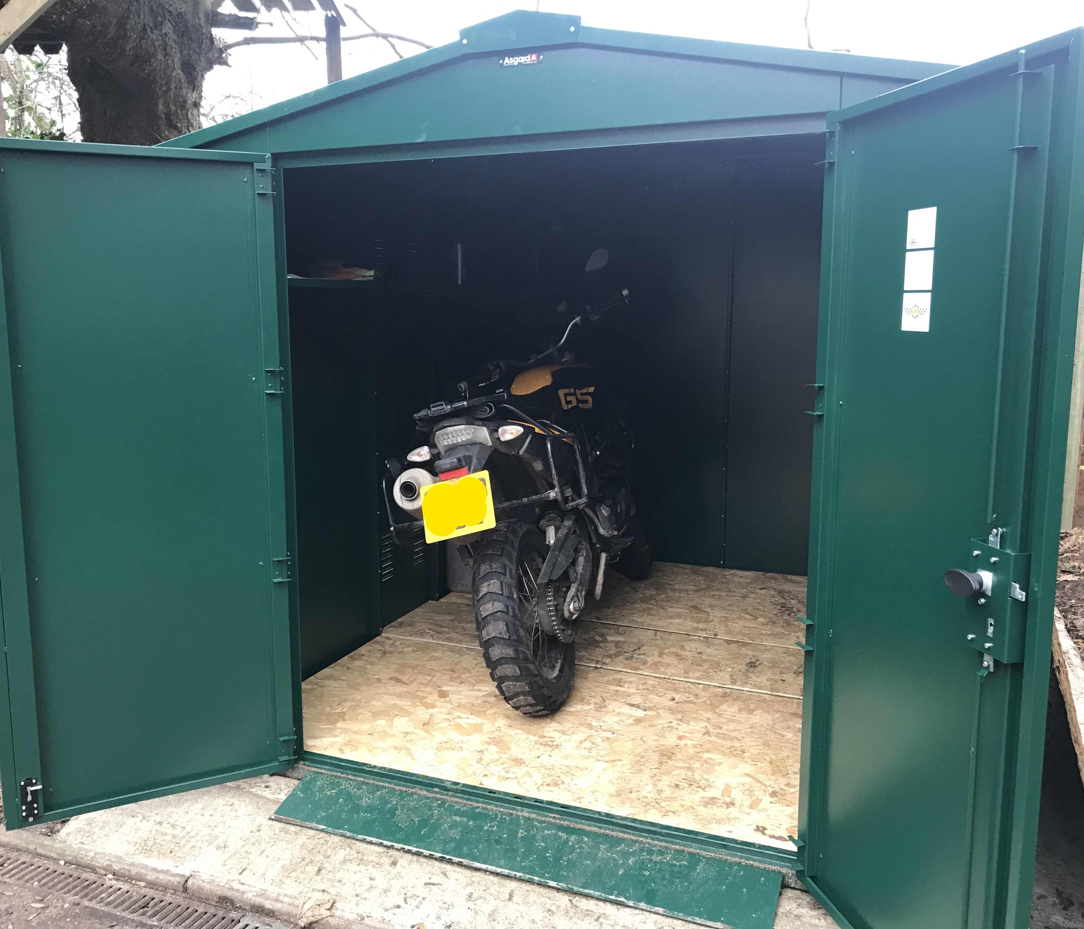 First Impressions Asgard Motorcycle Gladiator Shed Visordown