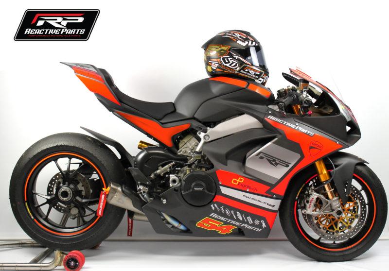 Ducati Panigale V4 To Make Road Racing Debut At Macau Gp Visordown