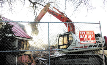 Canadian demolition company flattens Hells Angels' clubhouse
