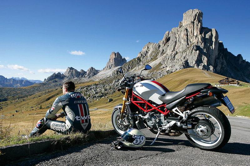 Calling all motorcycle adventurers!