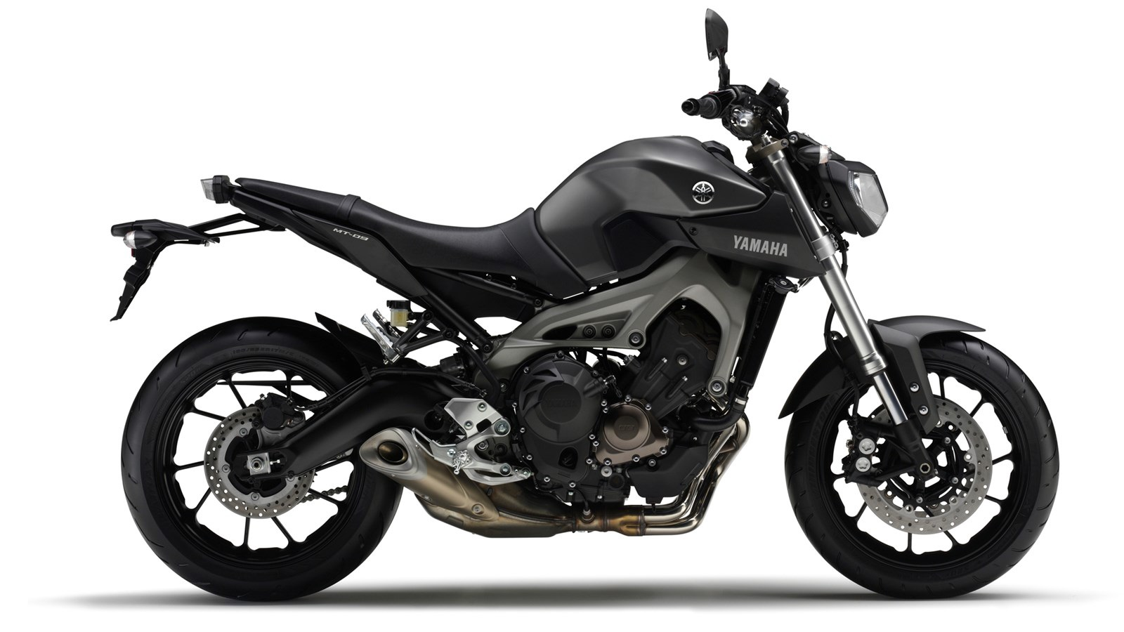 MT-09 or FZ-09: you decide