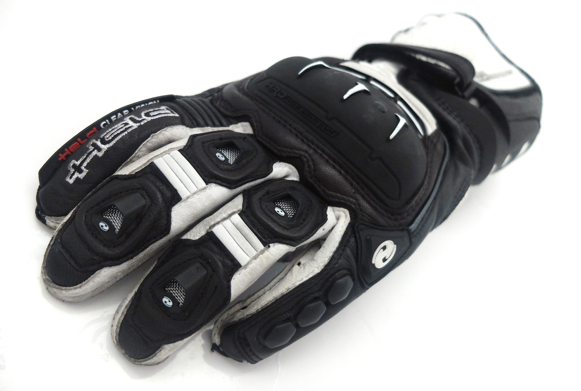 Learn to ride with Visordown: The right gloves
