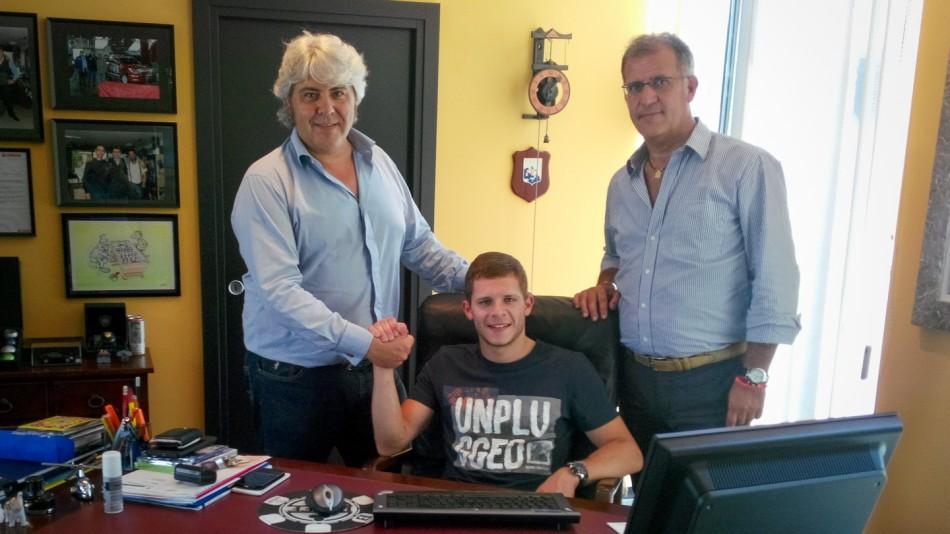 Bradl signs with NGM Foward Racing