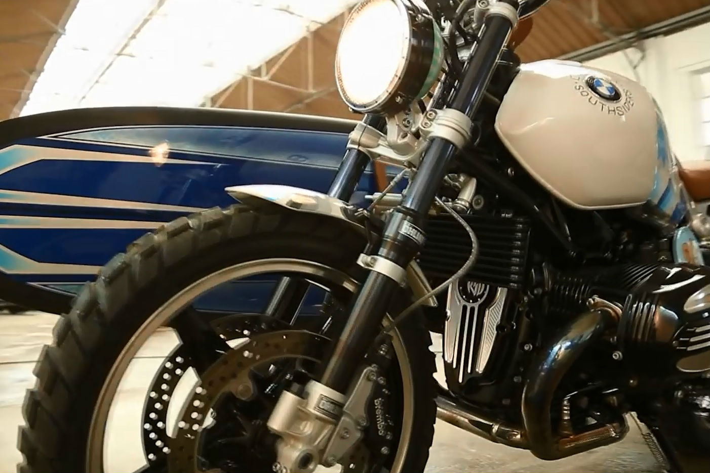 BMW R nineT scrambler walk-around video
