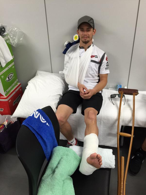 Stoner breaks leg and shoulder in Suzuka 8-Hours crash