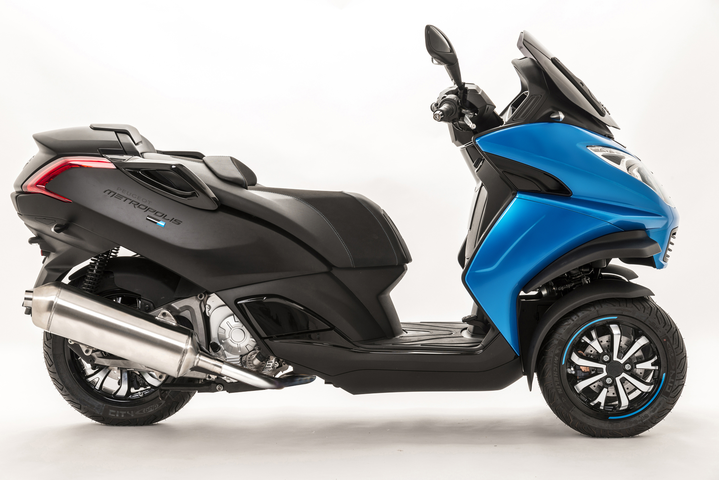 New special edition Peugeot Metropolis Blue-Line