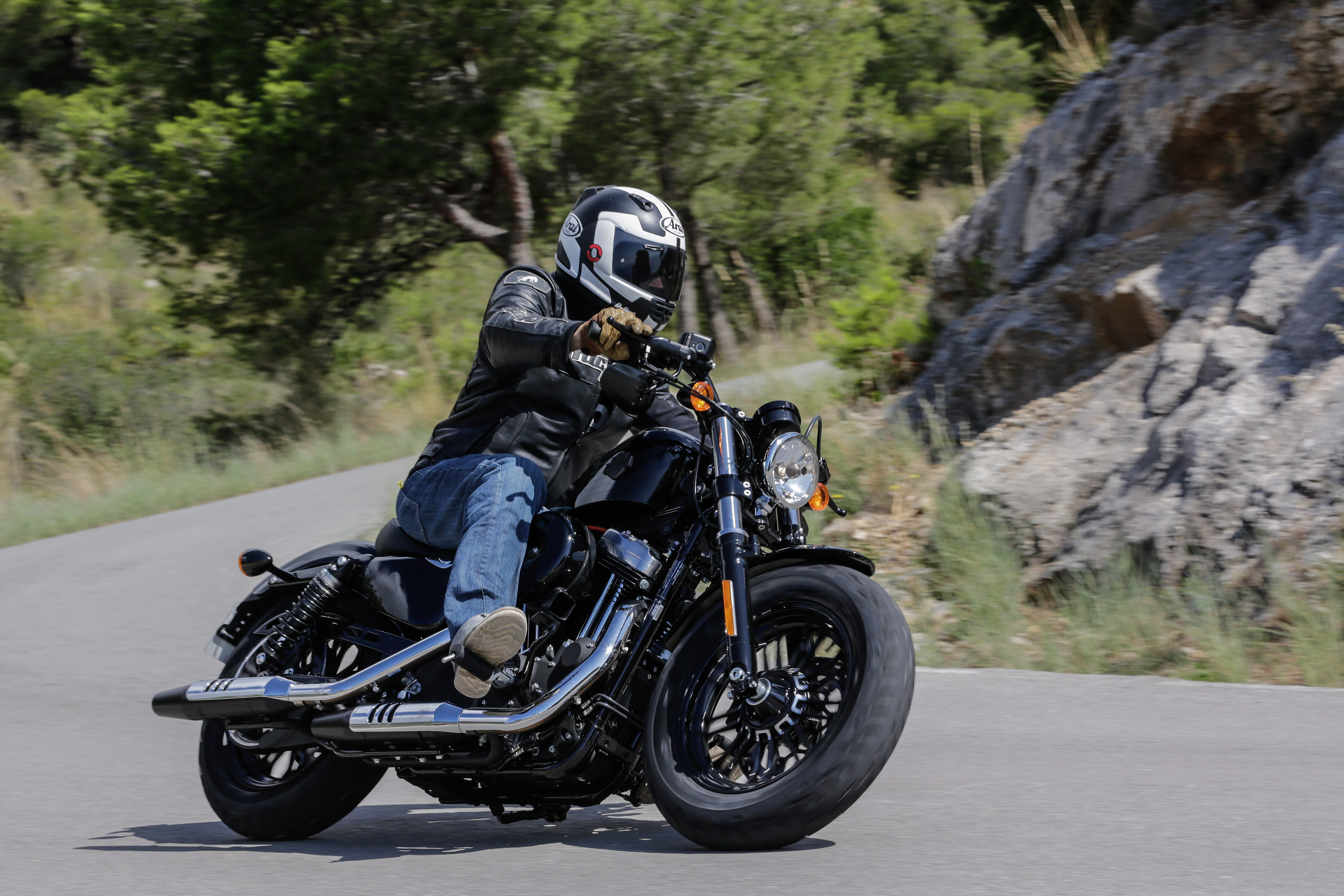 First Ride Harley Davidson Sportster Forty Eight Review Visordown