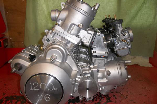 Stan Stephens' 1200cc V6 two-stroke