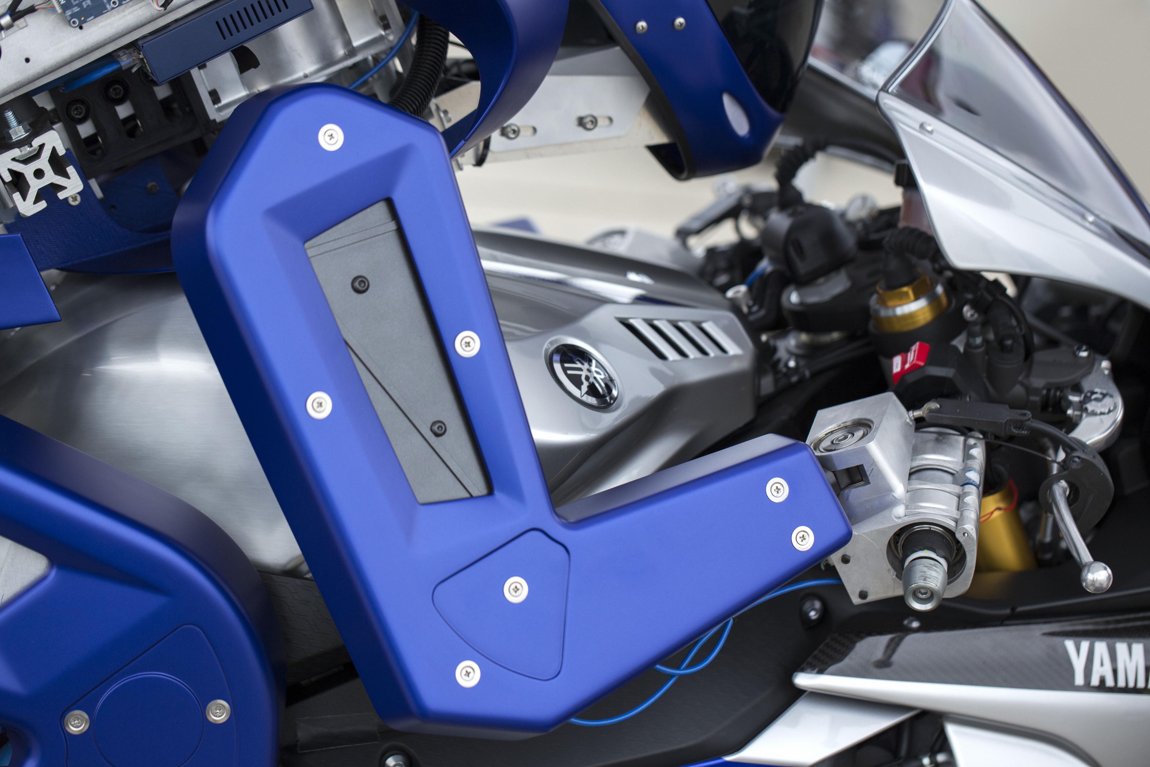 Meet the Yamaha Motobot