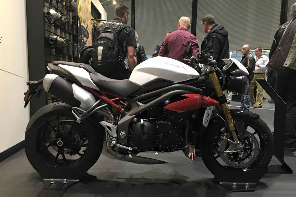 Triumph's new Speed Triple R revealed - again