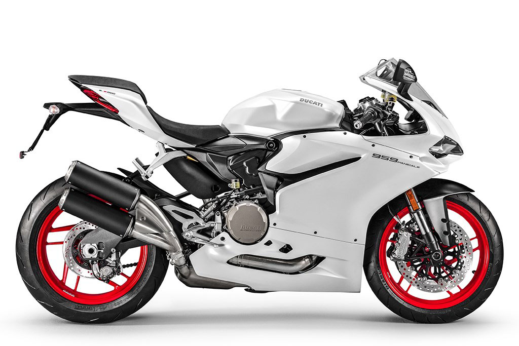 Ducati 959 Vs 899 Panigale What S Changed Visordown