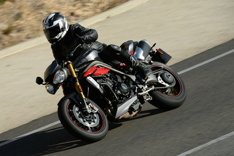 Triumph Speed Triple R video