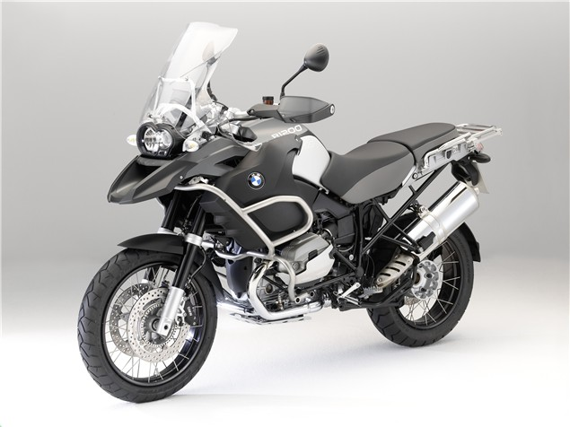 BMW unveil 2010 R1200GS and R1200RT