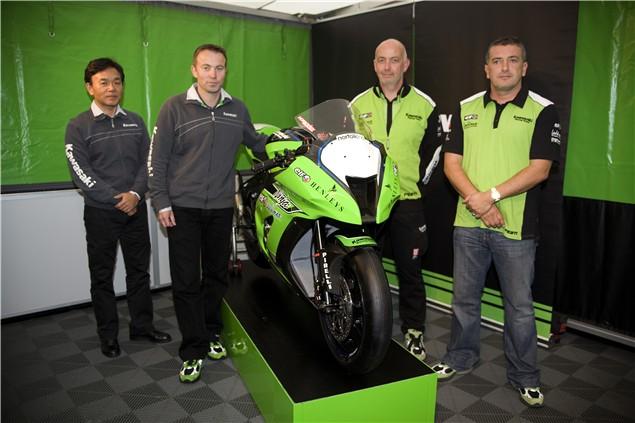 Kawasaki unveil 2011 ZX-10R WSB racer