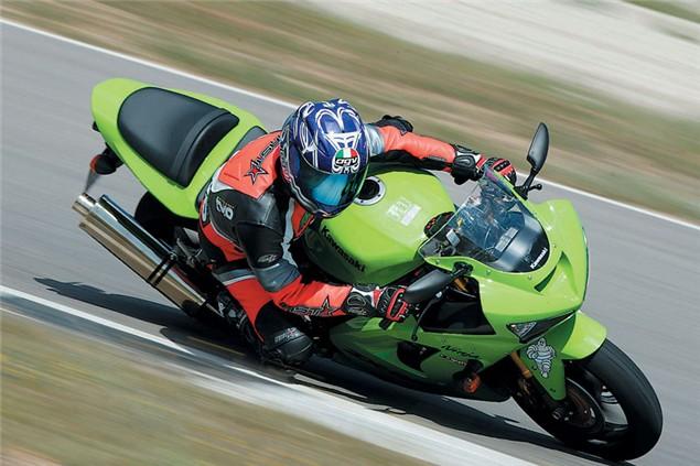 Niall's Spin: Kawasaki ZX-6R (1995 - 2005)