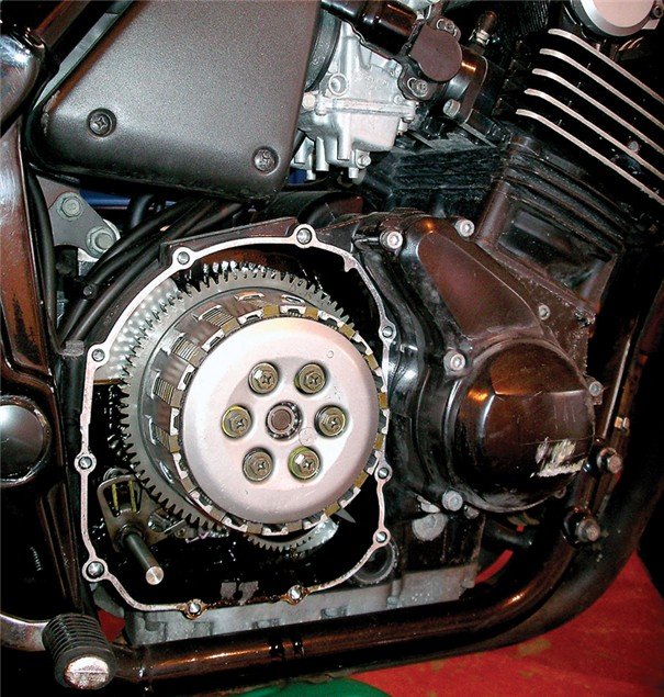 D.I.Y - How to change your clutch plates and springs