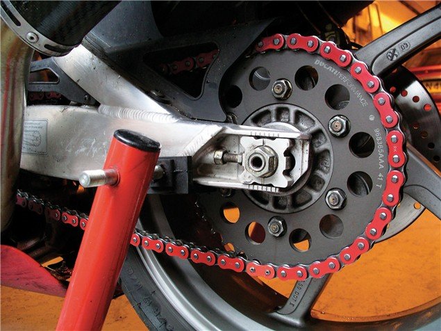 D.I.Y: Changing your Chain & Sprockets