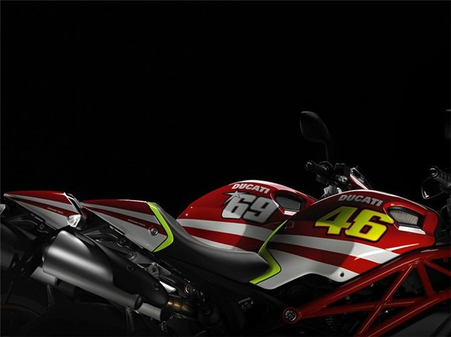 GP Replicas added to the Ducati Monster Art