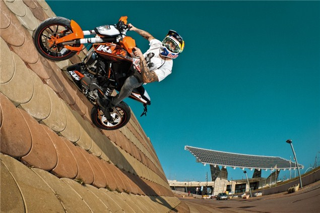 KTM releasing 200 and 350cc Dukes