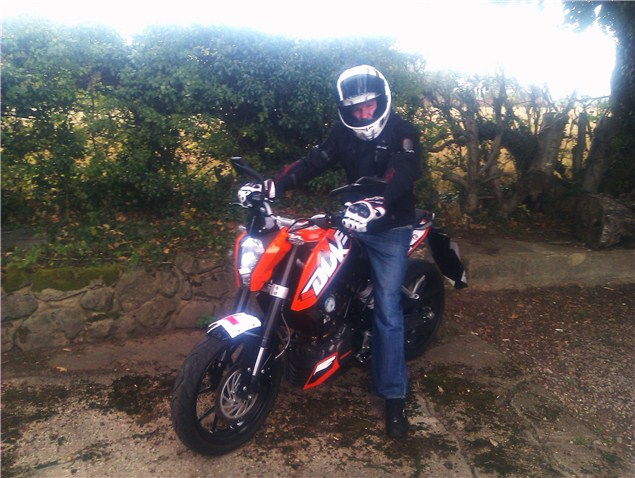 Having a blast on the KTM Duke 125