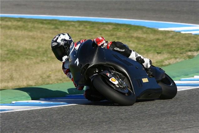 Checa testing Rossi's Desmosedici
