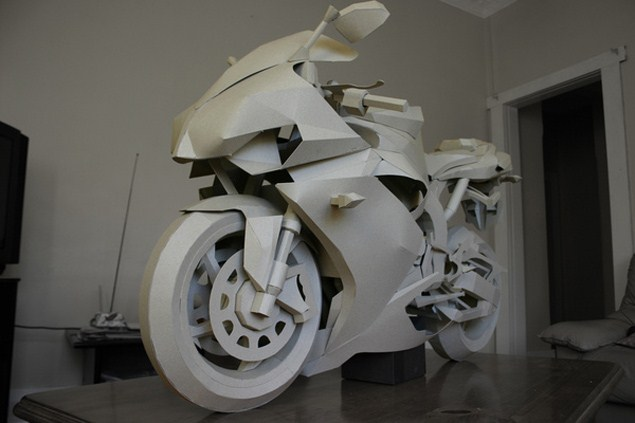Cardboard Yamaha R1