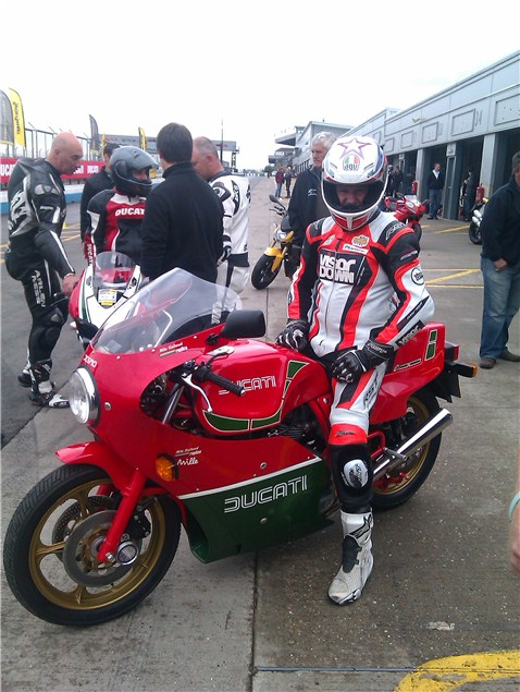 Niall Mac on a Panigale at last!