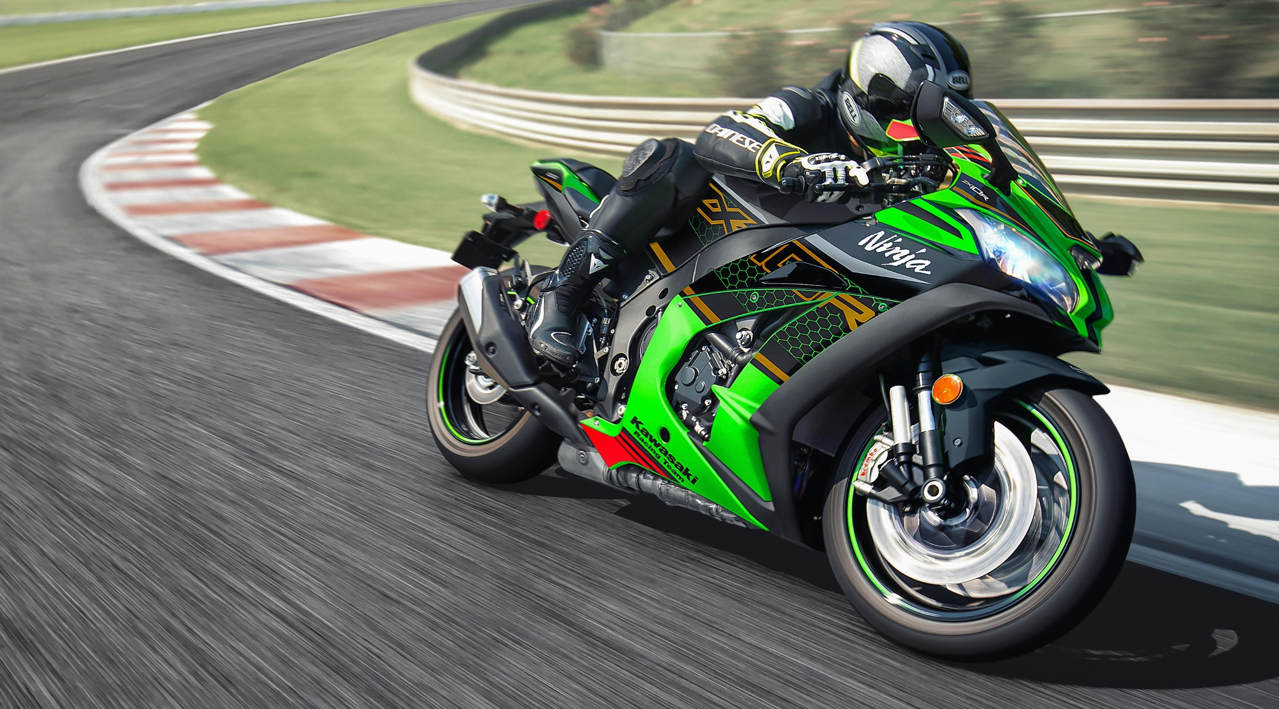Could The All New Kawasaki Zx 10r Be Launched On Monday Visordown
