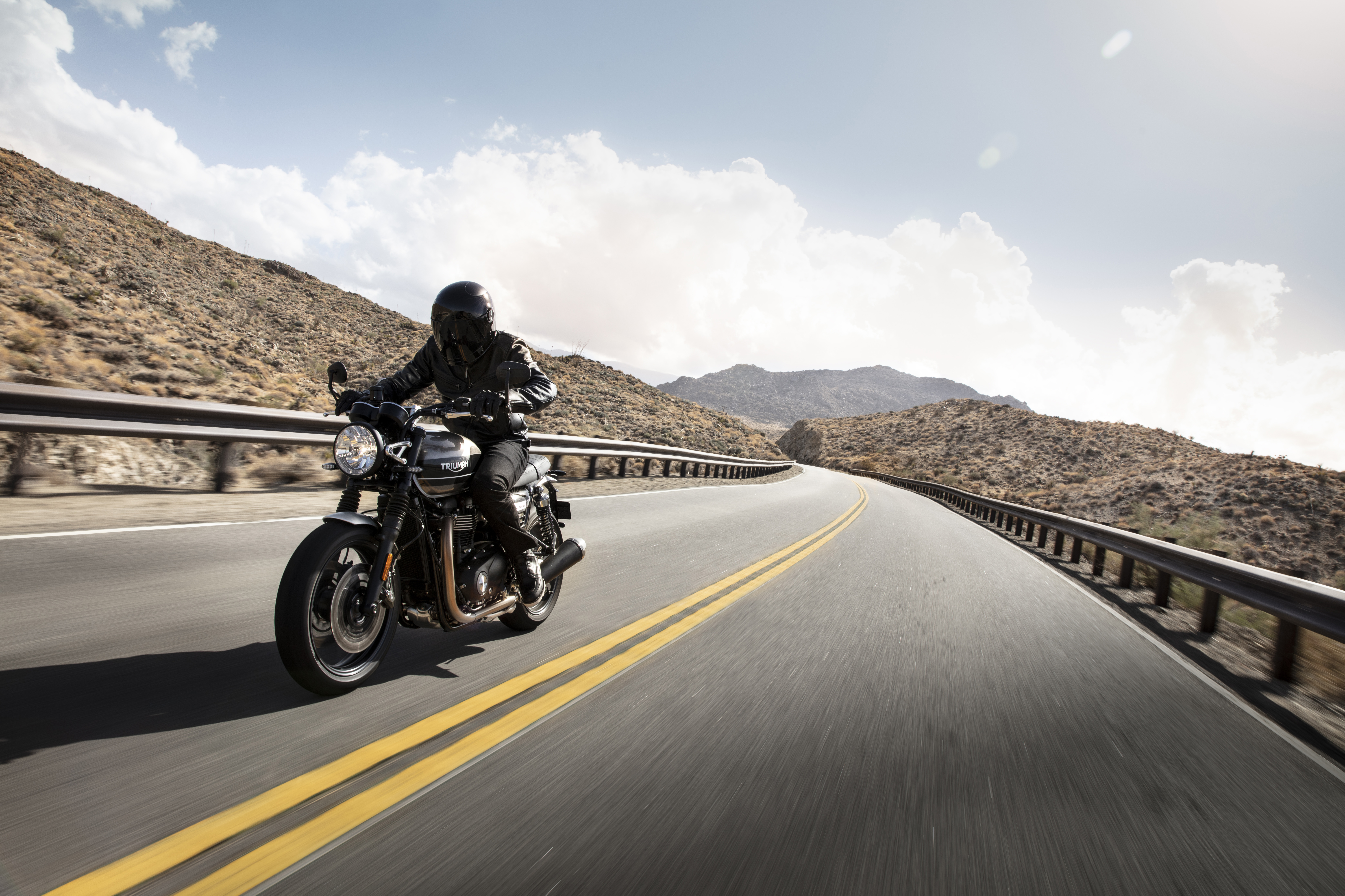 Triumph Speed Twin 1200 Full Reveal And Specs Visordown