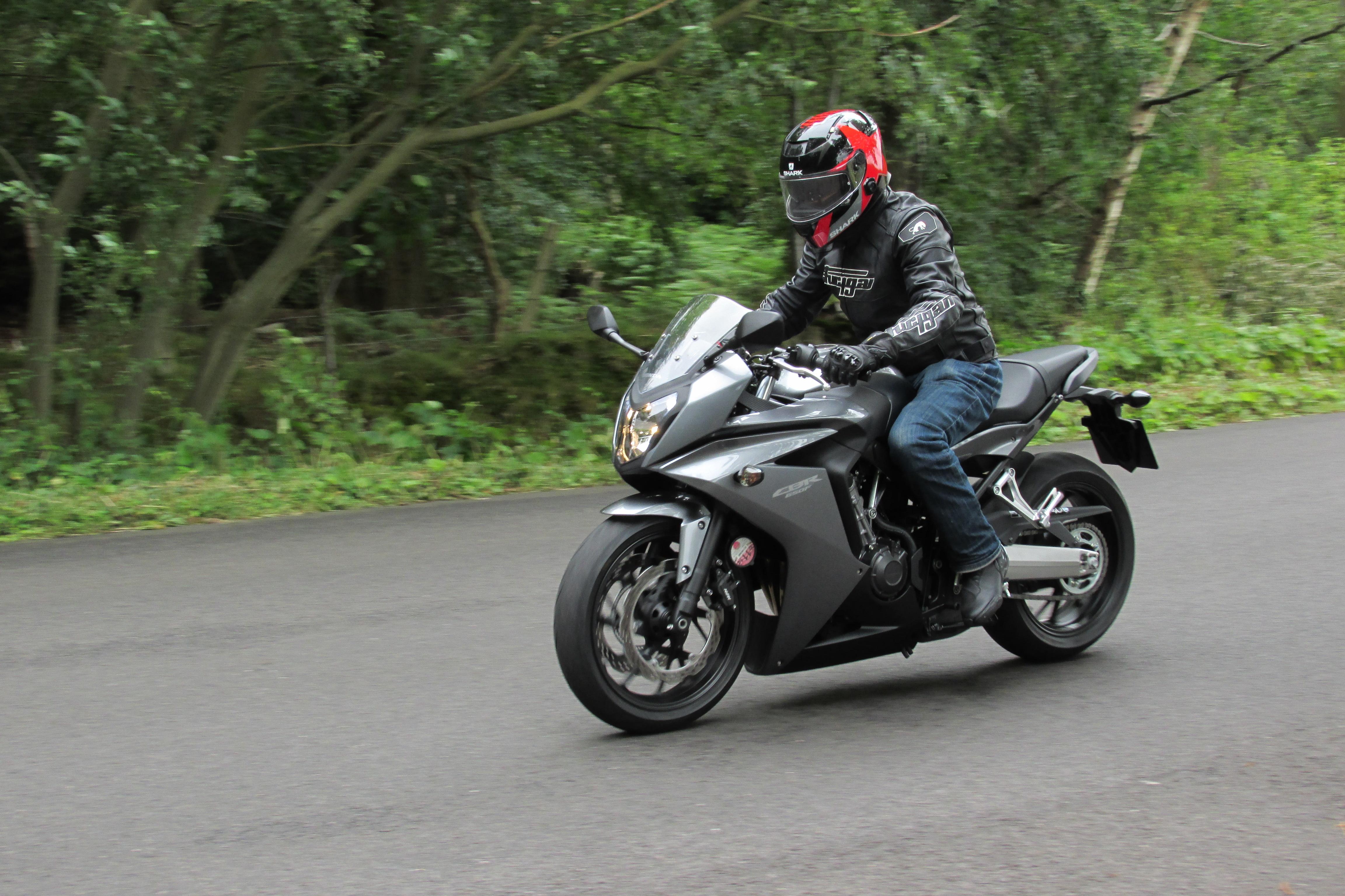 Uk Road Test Honda Cbr650f Review Visordown
