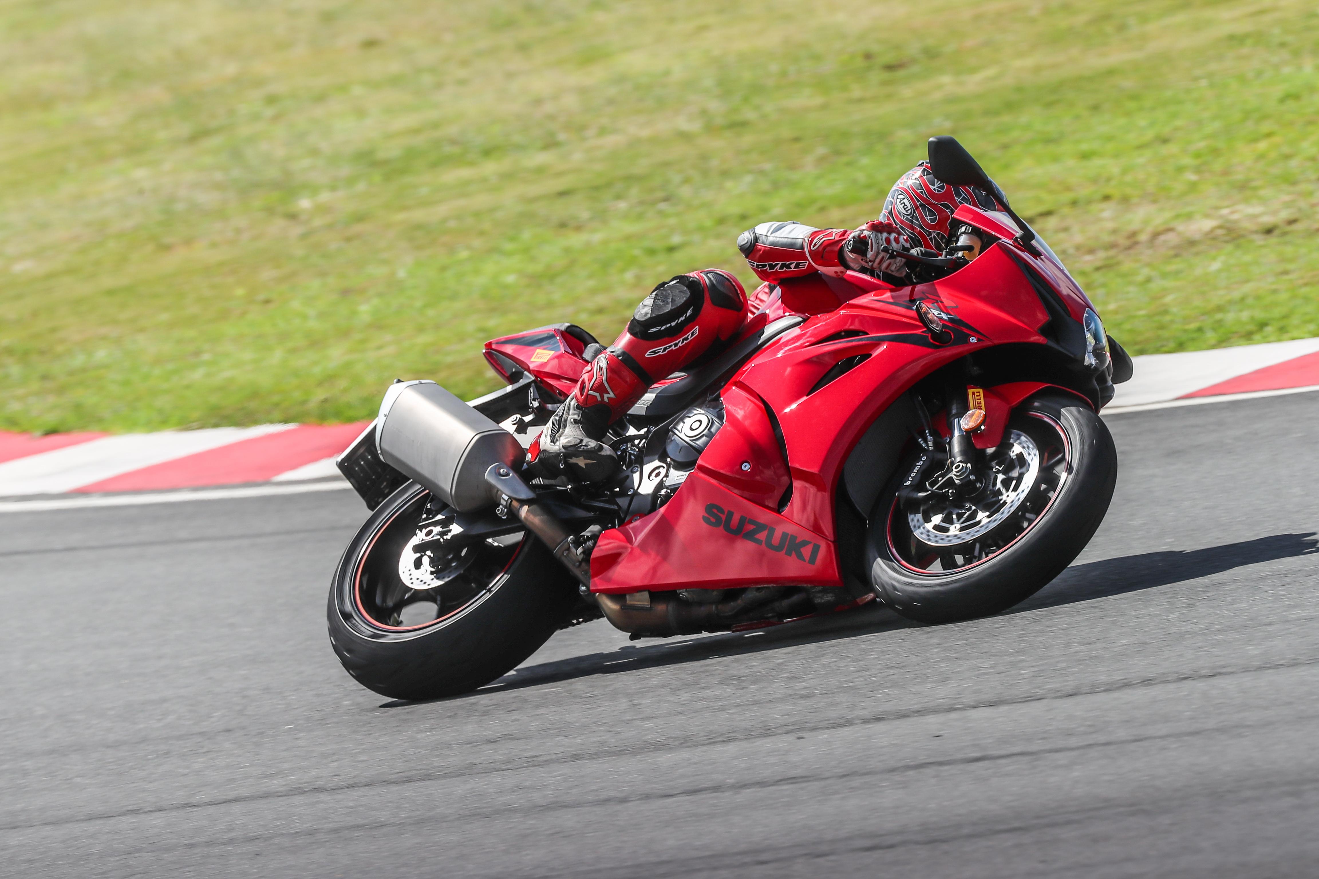 First impression: 2018 Pirelli Diablo Rosso Corsa II