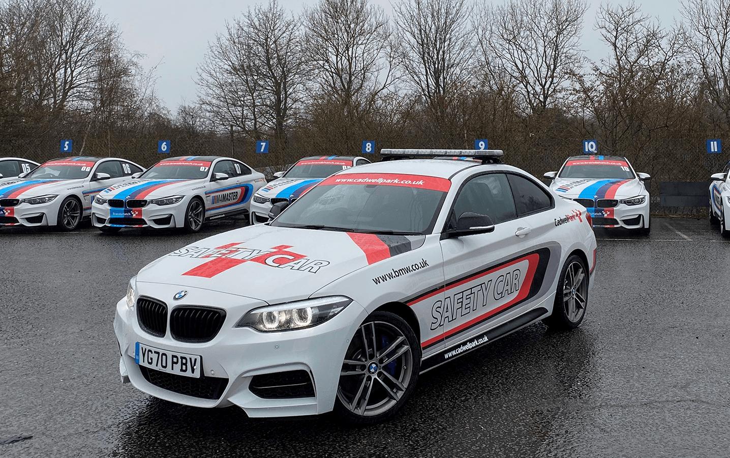 Кадвелл-парк: сделанные на заказ автомобили BMW BSB украли за ночь с автодрома